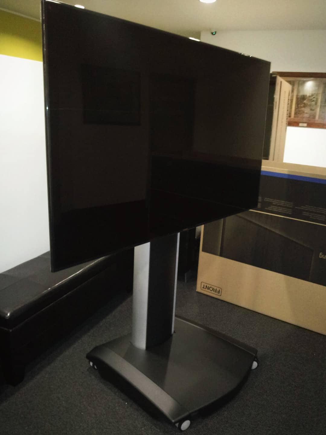 Advertise Me Digital Signage Portable Stand