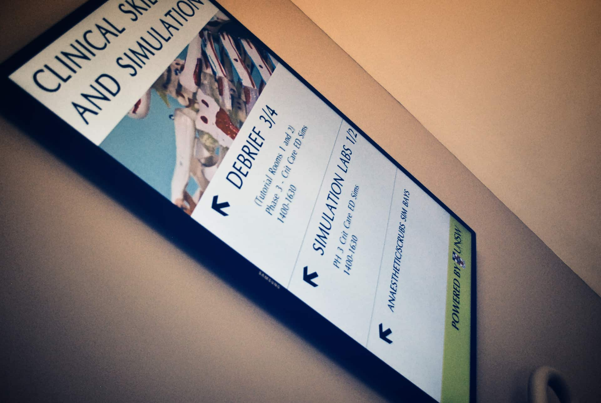 Advertise Me - Digital Signage UNSW